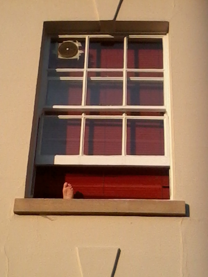 Muspole Street Feet