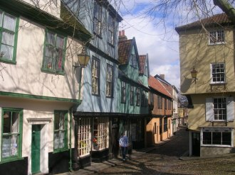 Elm Hill is reputed to be the most complete medieval street in England, with buildings dating back to Tudor times. There's not an elm tree to be seen, though.