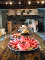 medieval-dining