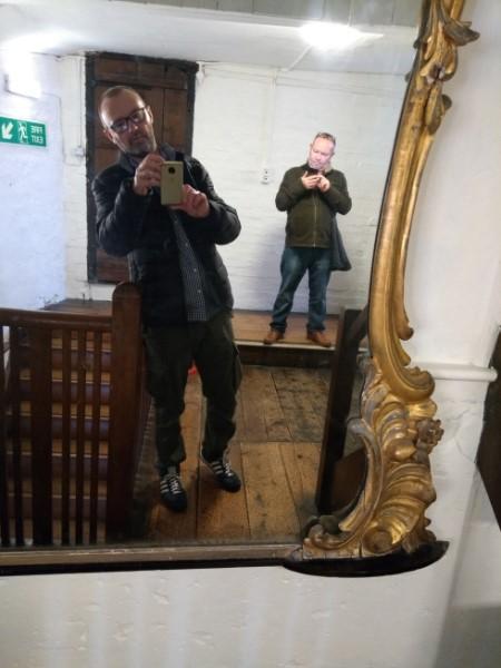 square-mirror