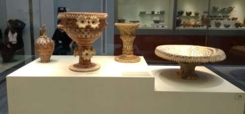 bowls-vases-and-urns